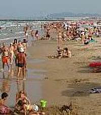 playa-de-aigua-blanca-en-valencia-02
