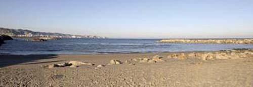 playa-del-marenyet-en-valencia-01