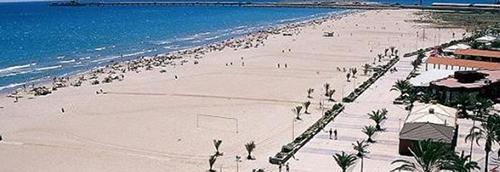 playa-del-puerto-de-sagunto-en-valencia-01