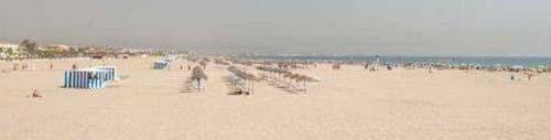 playa-las-arenas-del-cabanyal-en-valencia-01